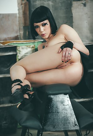 Emo Girl Pics