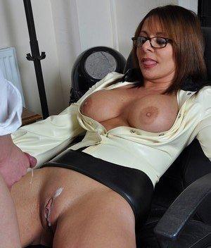Creampie Porn Pics