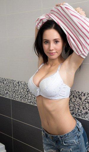 Coed Porn Pics